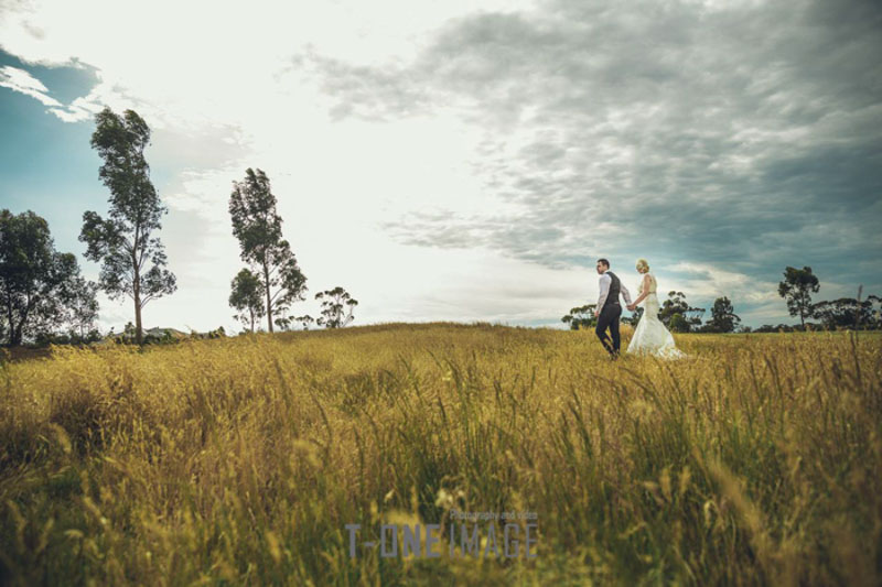 Terry & Jason's wedding @ Eynesbury Homestead & Golf VIC Melbourne wedding photography t-one image
