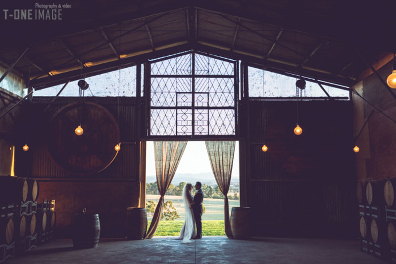 Sarah & Clayton's wedding @ Zonzo Estate Yarra Valley VIC Melbourne wedding photography t-one image