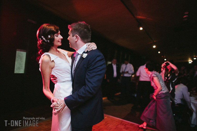 H & T's wedding @ Werribee Mansion VIC Melbourne wedding photography t-one image