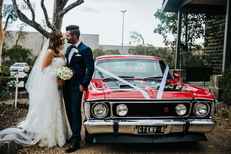 Michael & Danielle's wedding @ Meadowbank VIC Melbourne wedding photography t-one image