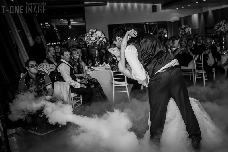 Chloe & Cameron's wedding @ L'Aqua NSW Sydney wedding photography t-one image