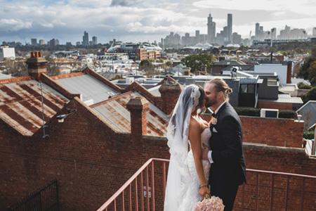 Melbourne city wedding photo